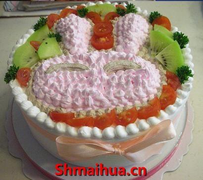 卡通兔头蛋糕